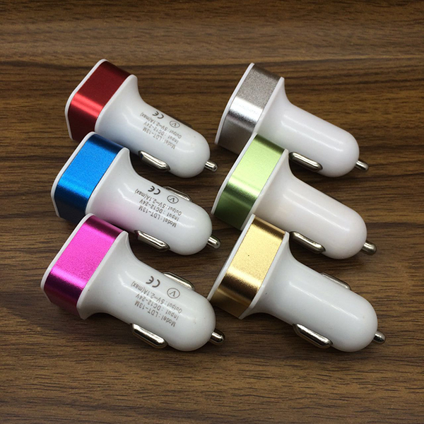 CC010 Promotional Colorful Car Charger